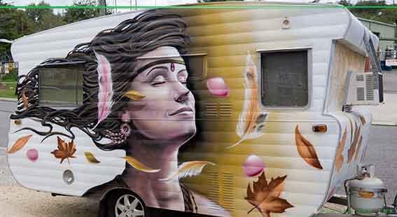 Caravan mural art by Destroy